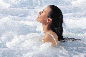 Séance d'ostéopathie aquatique